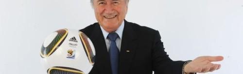 Sepp Blatter heeft de hand al uitgestoken waar de honderden miljoenen -als het geen miljarden zijn- door de belastingbetaler in gelegd kunnen worden.