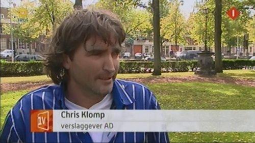 Vhris Klomp vindt dat media die niet de partijlijn volgen meteen in elkaar getremd moeten worden.