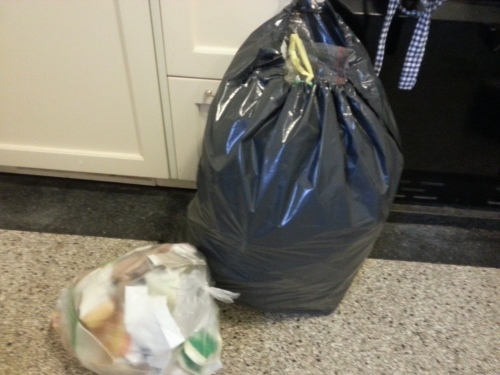 Specciaal gekochte plastic zakken om weg te gooien
