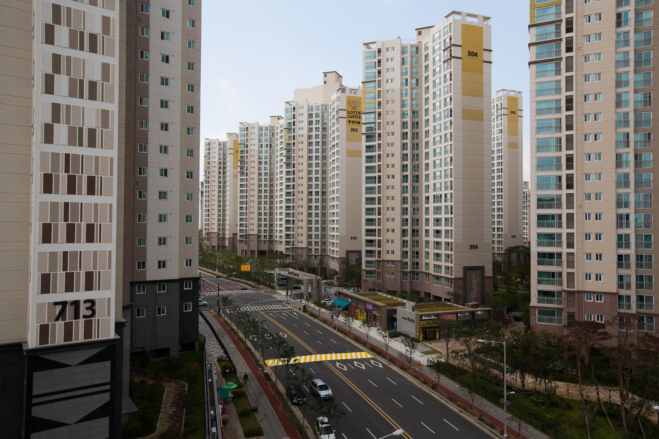 De doorsnee Koreaan woont in een appartementje van 70 m2 met vrouw en kind.